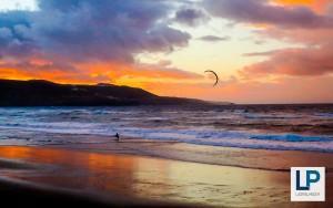Las Canterasin ranta, Las Palmas, auringonlaskun aikaan