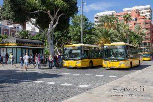 Bussit Las Palmasissa ovat keltaisia