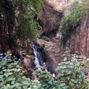 Barranco de Los Cernícalos vesiputous. Gran Canrarian vaellusreitit.